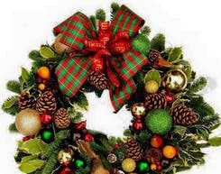Wreaths & Decor
