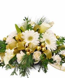 Holiday Centerpiece White